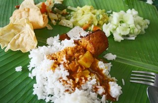 Muthu's Traditional Indian Banana Leaf Rice