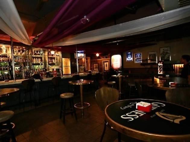 Roxbury Pub & Bistro