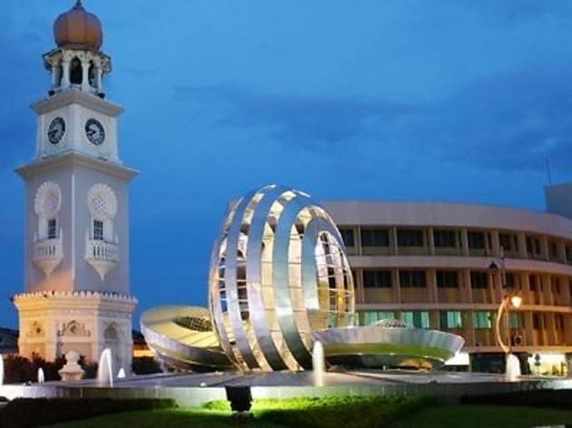 Esplanade Padang Kota Lama
