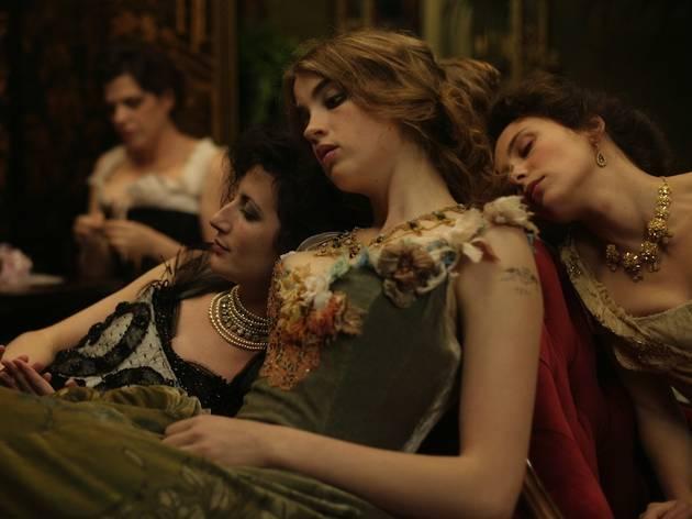 'L'Apollonide : Souvenirs... (... de la maison close', de Bertrand Bonello, avec Hafsia Herzi, Céline Sallette et Adèle Haenel (2011) )