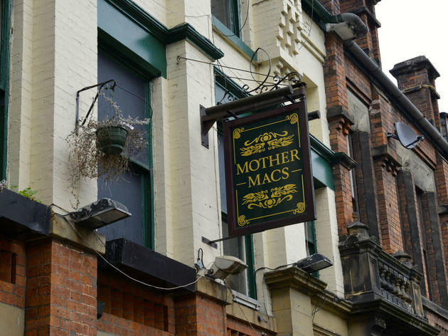 Mother Mac's, Manchester, Sign