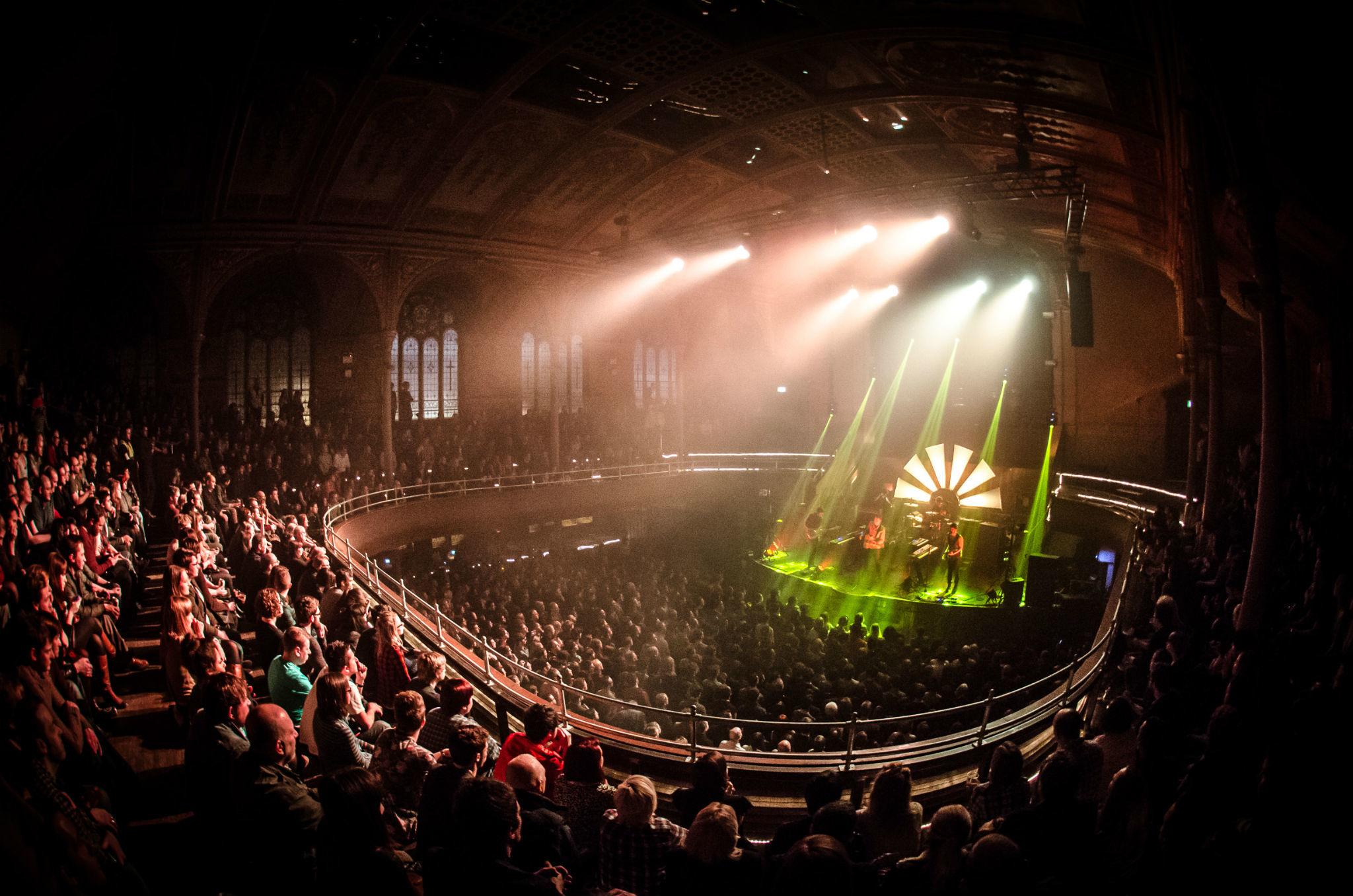 Albert Hall, Manchester, Lights