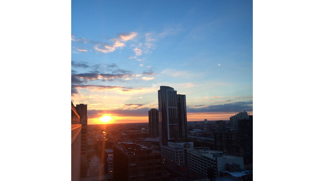 Shots of stunning Chicago sunrises and sunsets