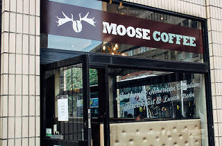 Moose Coffee, Manchester, Exterior