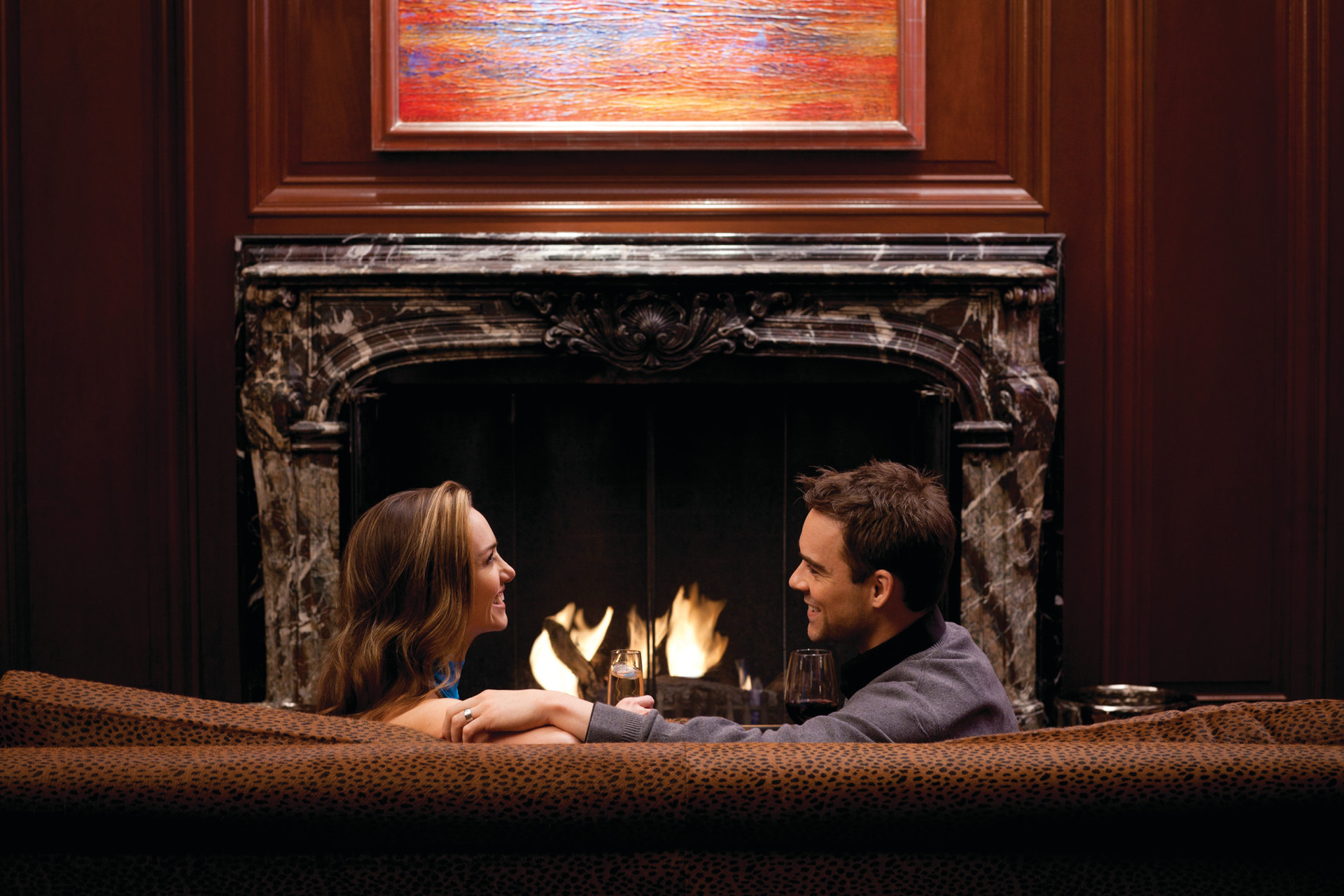 Restaurants and bars with fireplaces