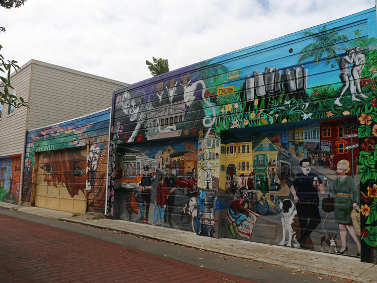 The murals of Balmy Alley