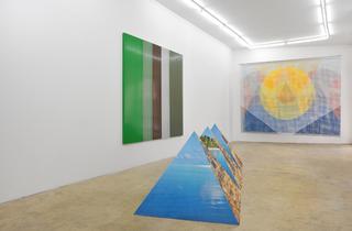(Vue de l'exposition collective de juin 2014 / Courtesy de la galerie Samy Abraham, Paris)