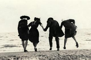 (Photographe amateur, France, 1912 / Courtesy Lumière des Roses)