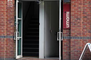 Umami, Manchester, Entrance