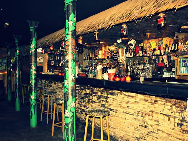 Hula, Manchester, Bar