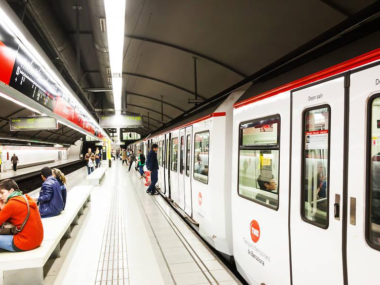 El metro abrirá toda la noche durante la verbena de San Juan