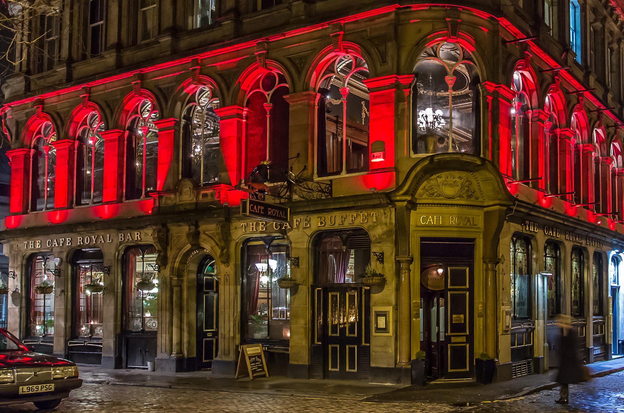 Best Edinburgh bars: from dive bars to cocktail dens ...