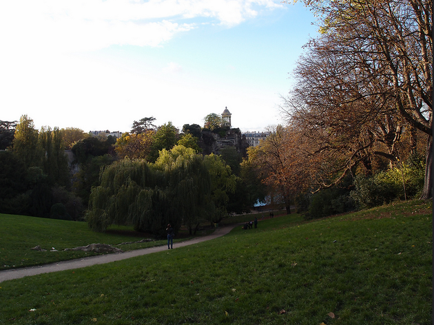 Parc des Buttes Chaumont  (CC BY 2.0 © Guilhem Vellut)