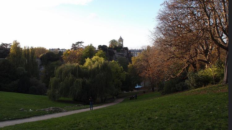 Parc des Buttes Chaumont  (CC BY 2.0 © Guilhem Vellut)