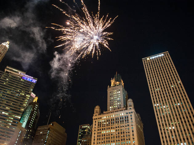 The inaugural Great Chicago Fire Festival was held this weekend on the Chicago River to celebrate the city's renewal after the 1871 fire.