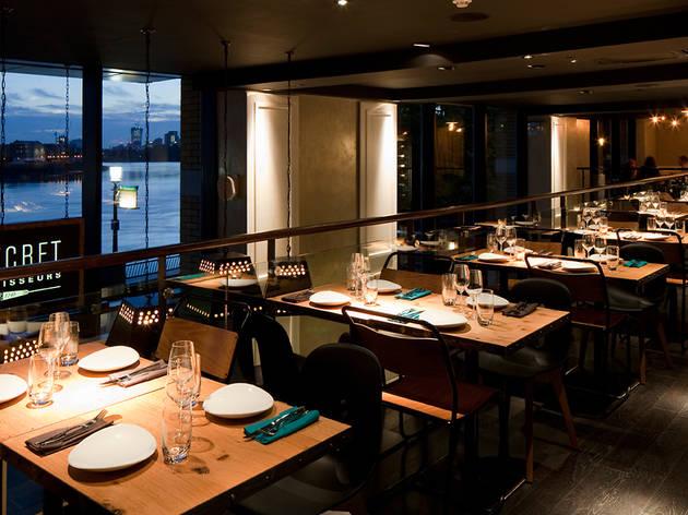 Le Secret Des Rôtisseurs Restaurants In Isle Of Dogs London