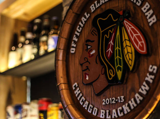 The best Blackhawks bars