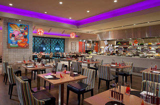 July Promotion: Amazing Thai at Carousel, Royal Plaza on Scotts