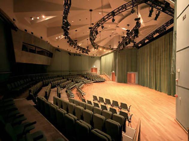 Esplanade Recital Studio (see Esplanade Theatres on the Bay)