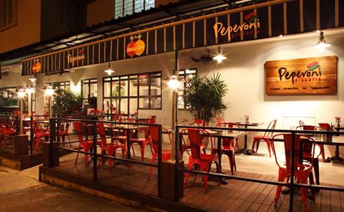 Peperoni Pizzeria Restaurants In Bukit Timah Singapore