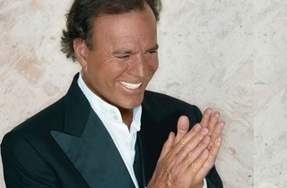 Julio Iglesias: 1 World Tour