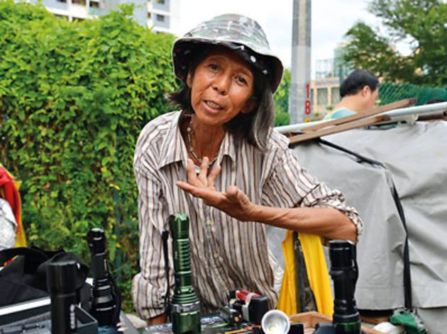Robin Rheaume: Women of Singapore