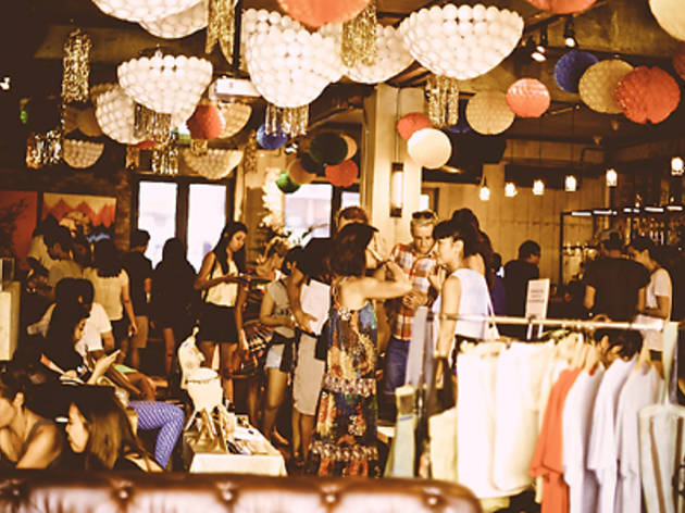 Sunday Artists Market (17 Aug)