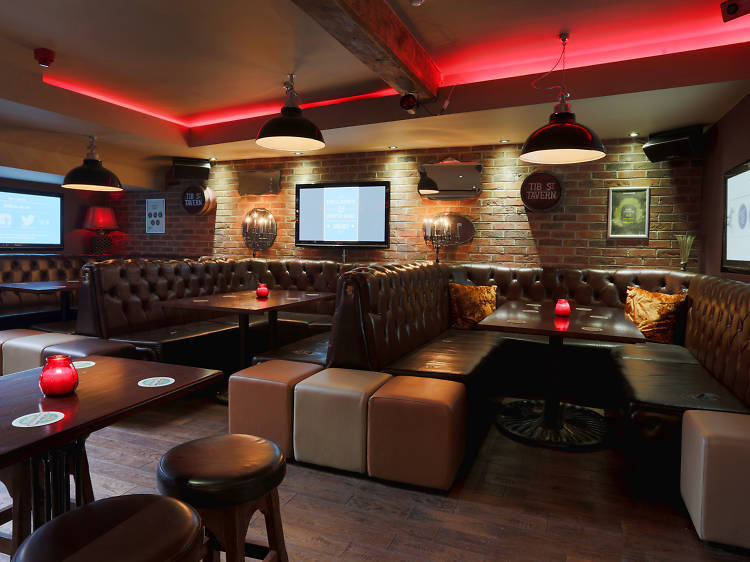 Awesome football pubs in Manchester