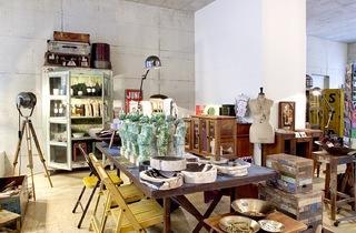 Einzelstück is a vintage home design store in Zurich