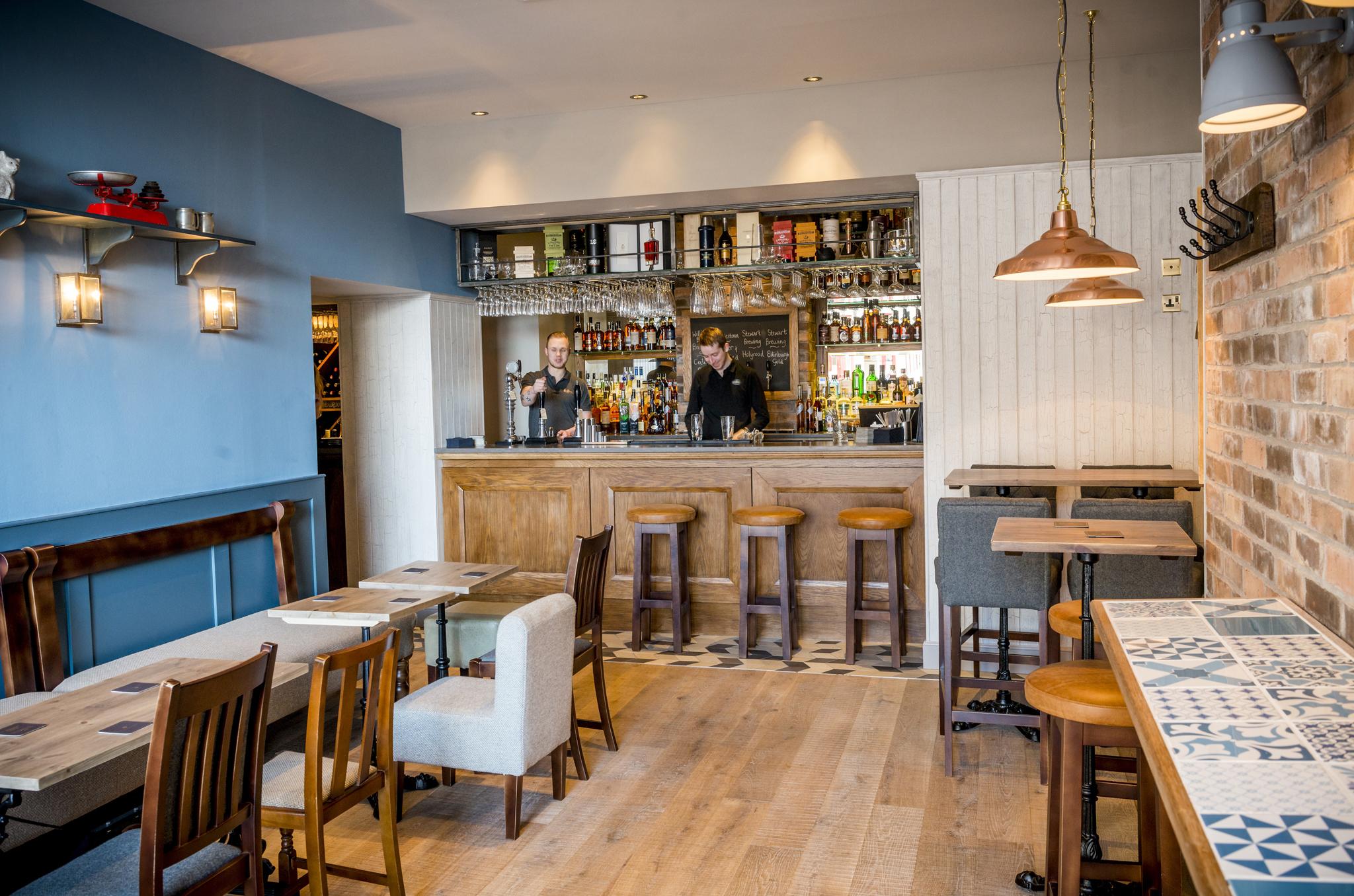 Date restaurants in edinburgh romantic