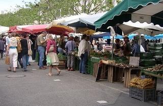 Carouge market