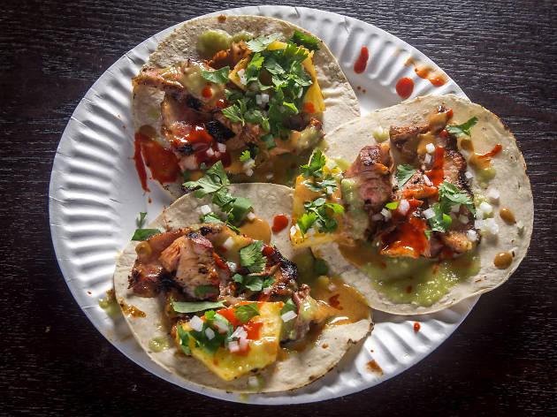 EMPELLON TACQUERIA el pastor tacos