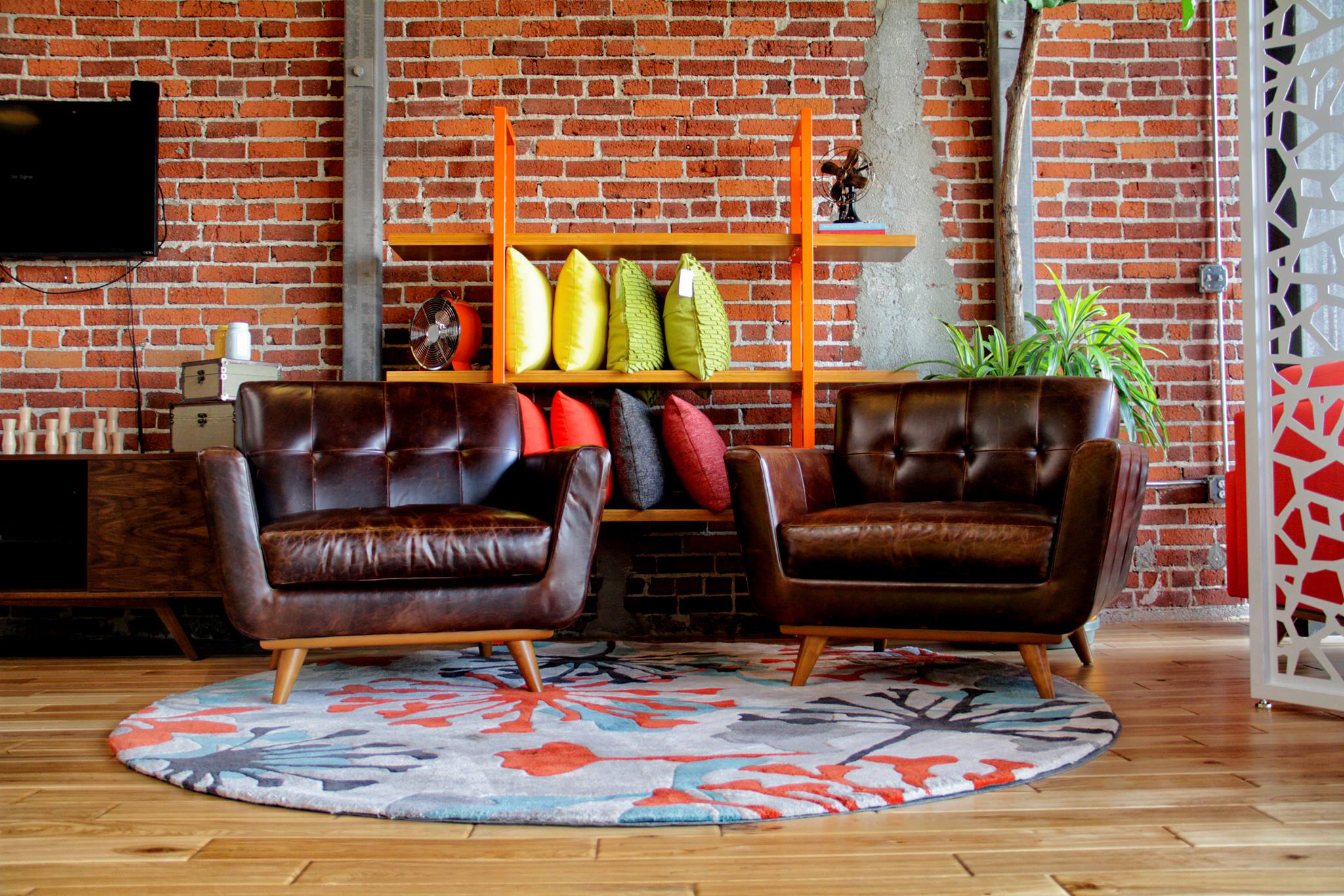 Thrive Furniture. Best furniture stores and home decor shops in Los Angeles