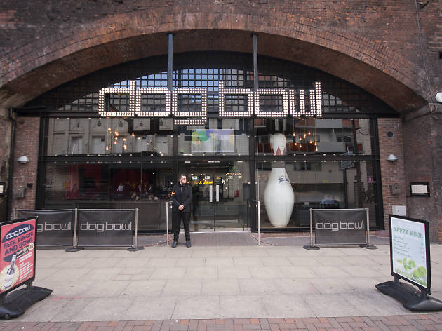 Dog Bowl, Manchester, Entrance