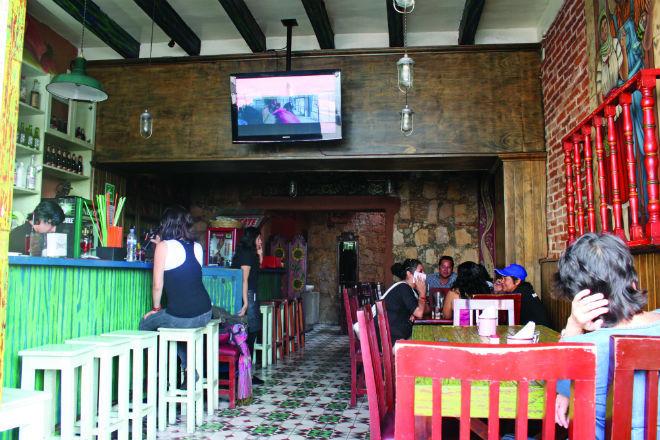 VIDA NOCTURNA: La Antojería