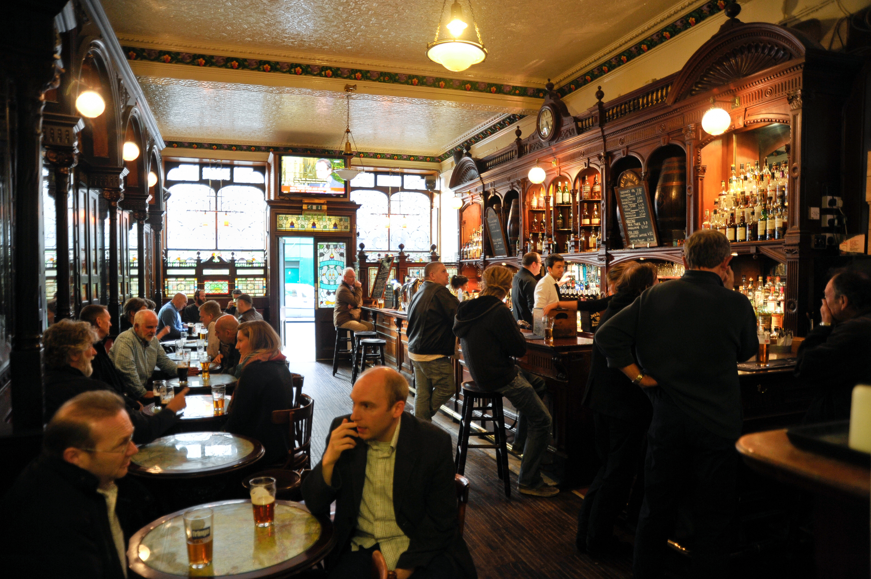 The best pubs in Edinburgh