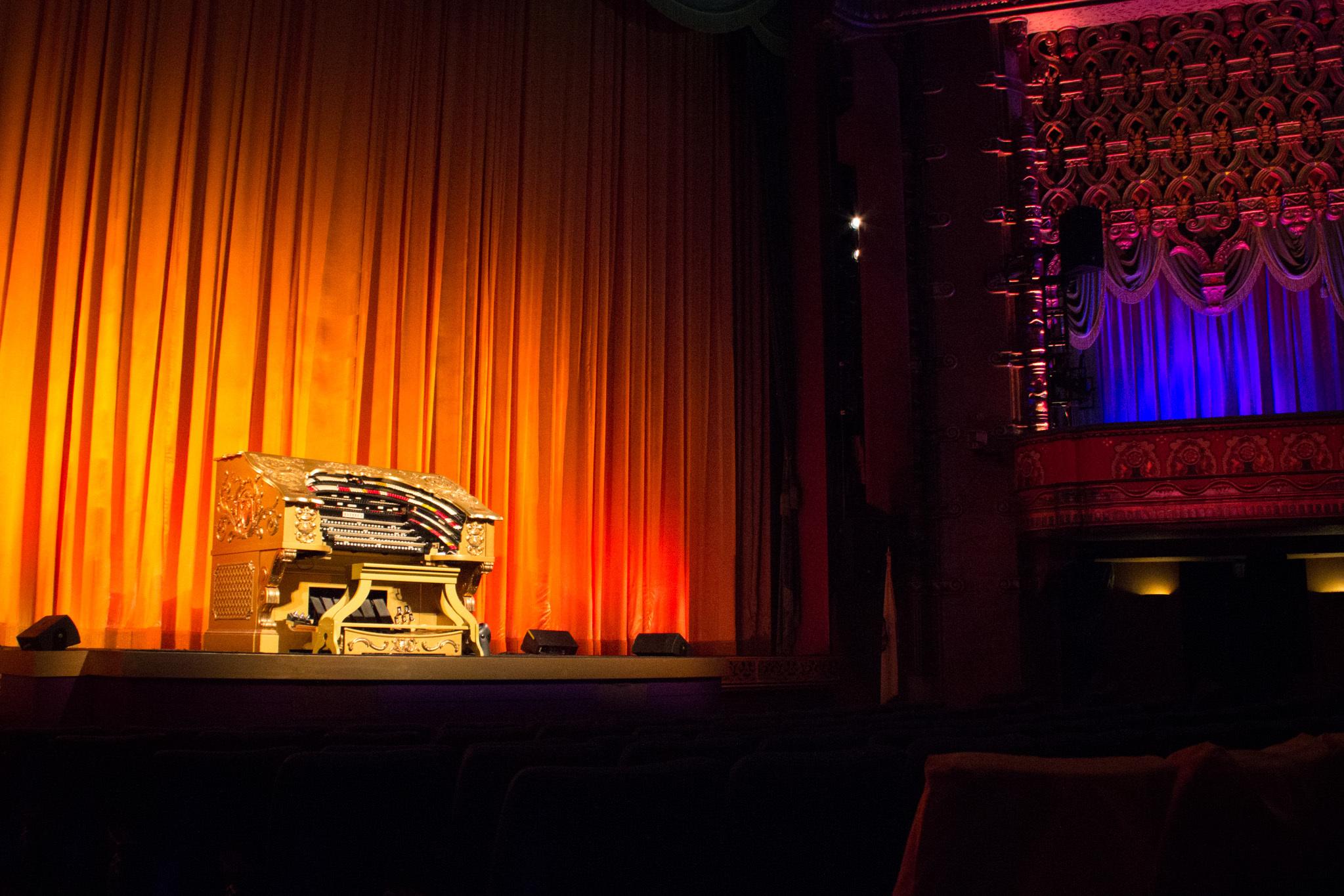 El Capitan Theatre.