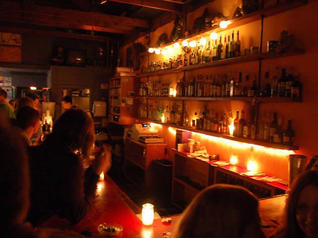 IOTA Club & Café