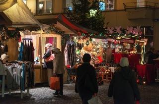 Weihnachtsmarkt im Dörfli