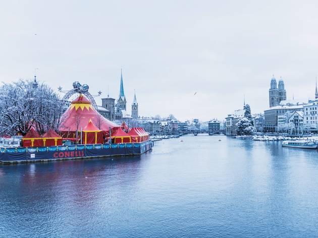 Conelli Circus Zurich, winter famil fun