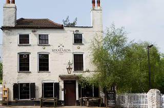 Spaniards Inn