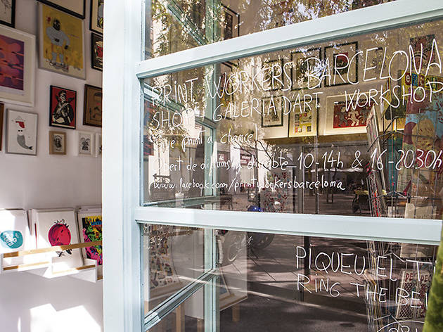 Give Print a Chance! First Barcelona Silkscreen Market