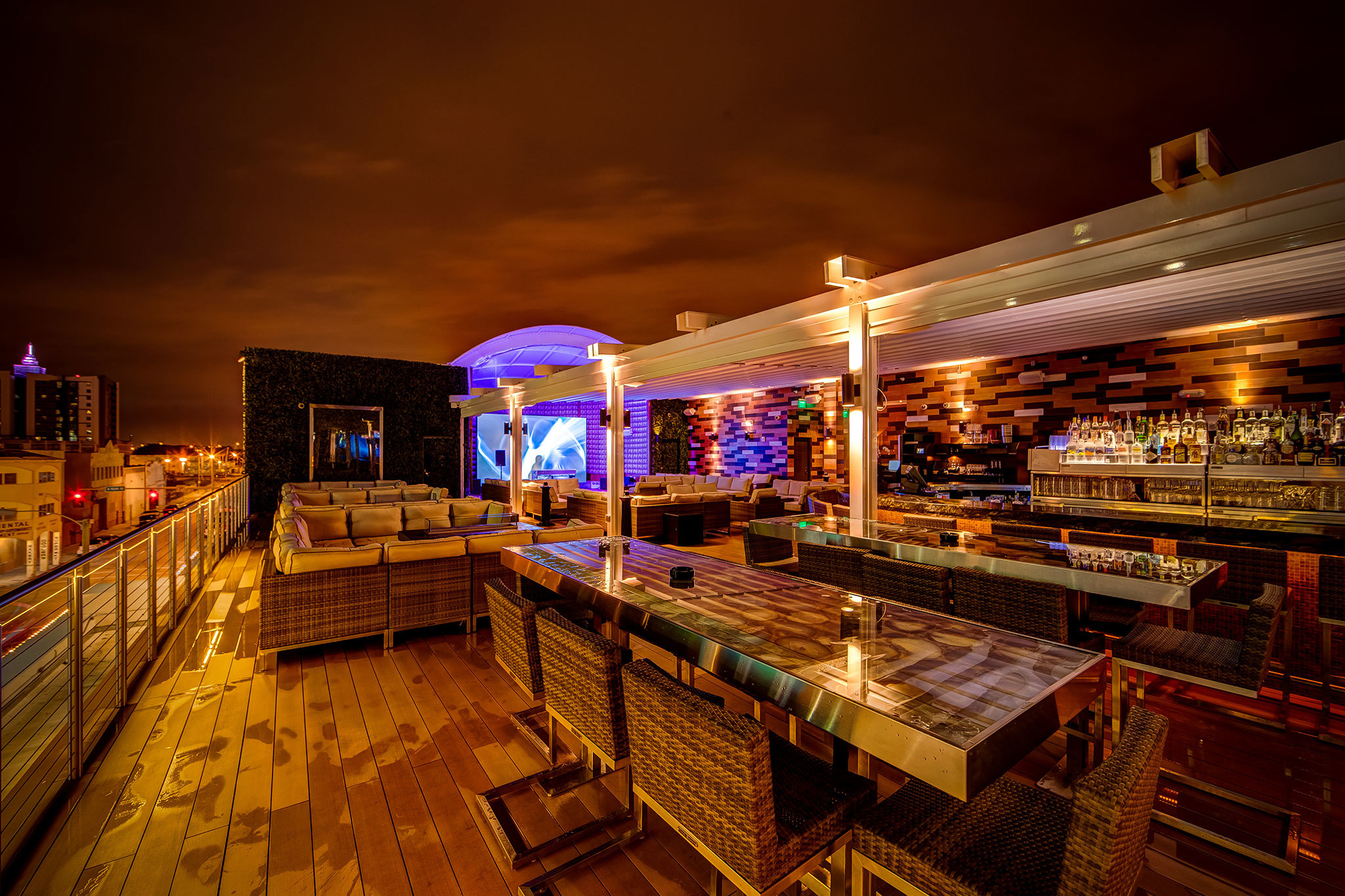 Best Rooftop Bars In Miami From Poolside Spots To Outdoor
