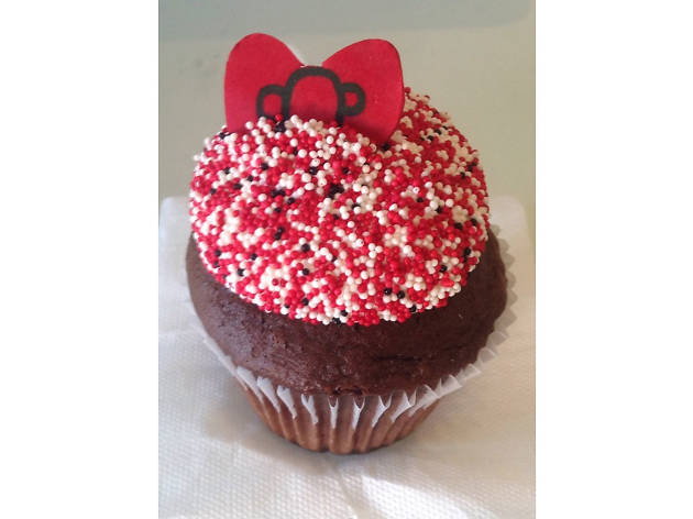 Hello Kitty cupcake at Charm City Cakes West.