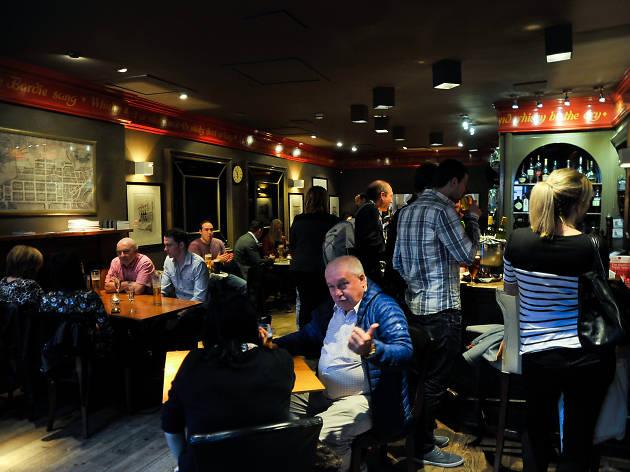 The Magnum Bar & Restaurant, Bars, Restaurants, Edinburgh