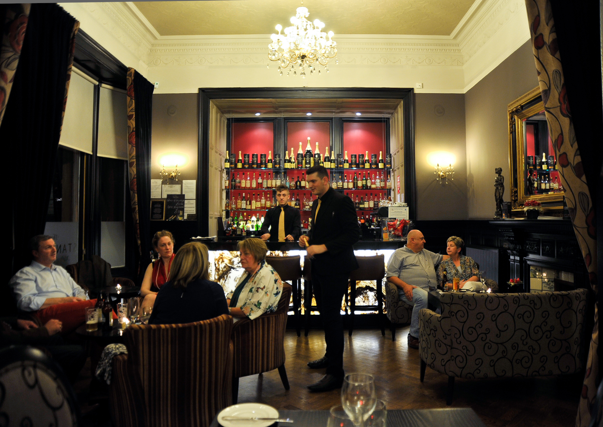 Skerries Restaurant Dunstane Hotel Restaurants In Murrayfield