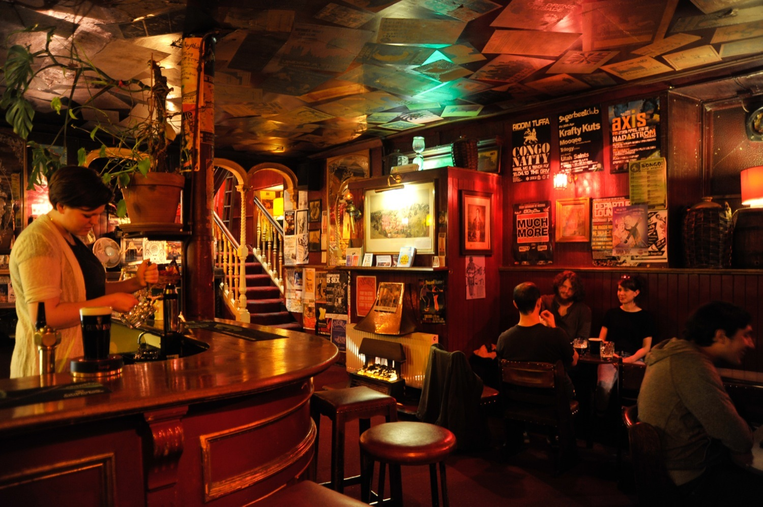 Waverley Bar, Pubs, Edinburgh