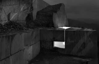 (Aitor Ortiz, 'Muros de luz' / © Aitor Ortiz)