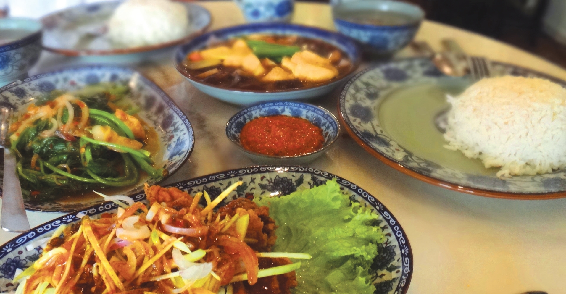 Get up close to the Peranakan culture through delicious Nyonya food