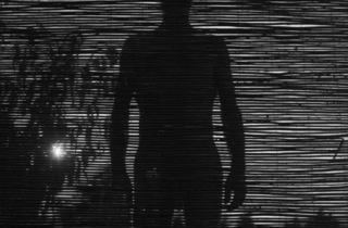 (Alberto García-Alix, 'Escondido en mi miedo', 2009 / © Alberto García-Alix)